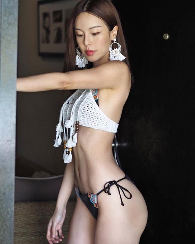 Những tấm lưng gãy nhìn là mê của các người đẹp Á châu-9