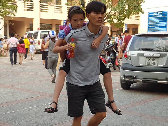 Truy xuất, kiểm tra cơ sở giết mổ cung cấp thịt gà khiến 352 học sinh ở Ninh Bình ngộ độc-2