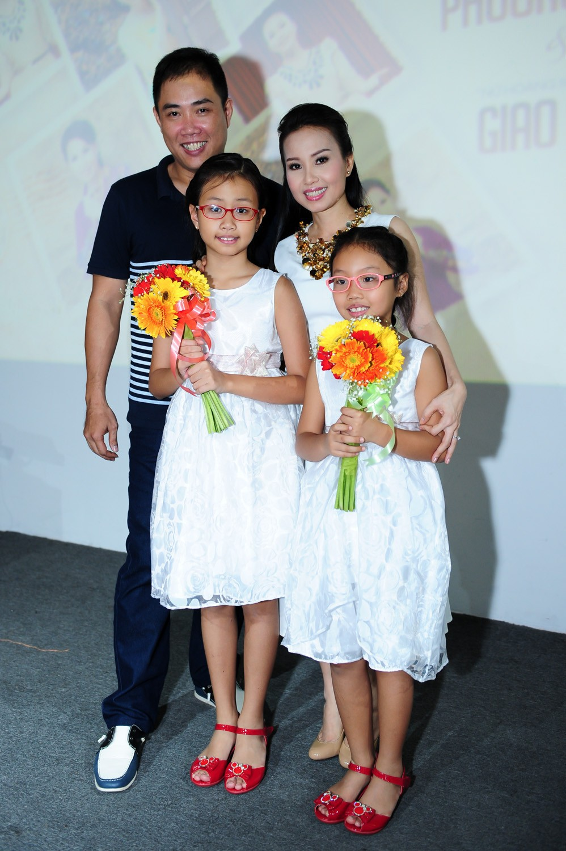 Có khối tài sản không phải dạng vừa nhưng những sao Việt này lại được yêu mến bởi lối sống giản dị-16