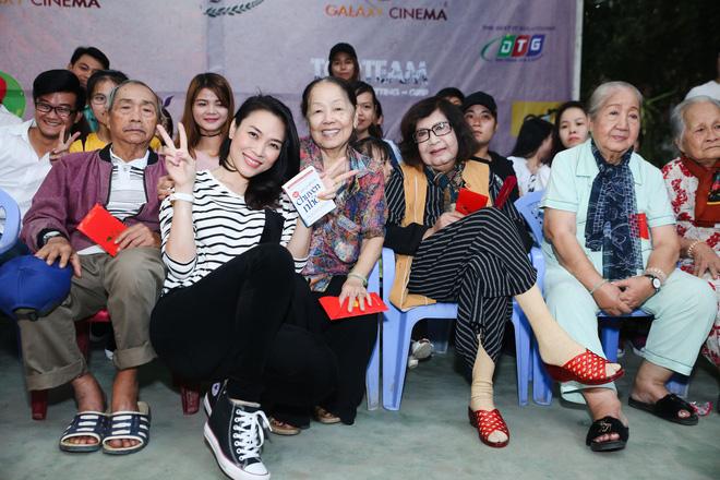 Có khối tài sản không phải dạng vừa nhưng những sao Việt này lại được yêu mến bởi lối sống giản dị-2