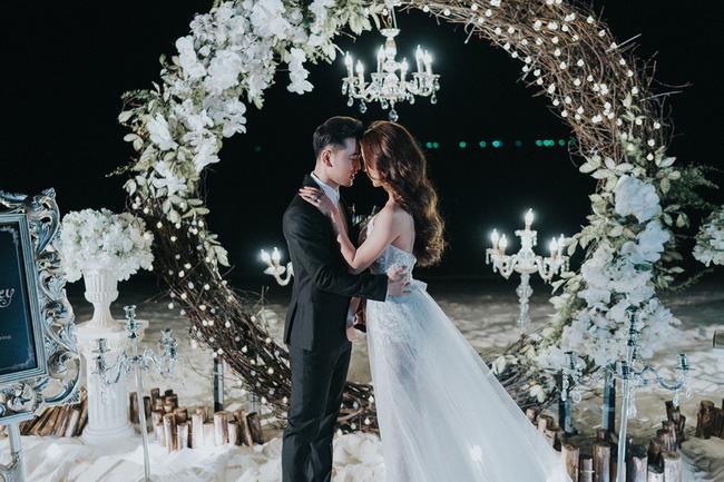 Lộ clip Ưng Hoàng Phúc cầu hôn Kim Cương đầy cảm động sau nhiều năm sống chung-10