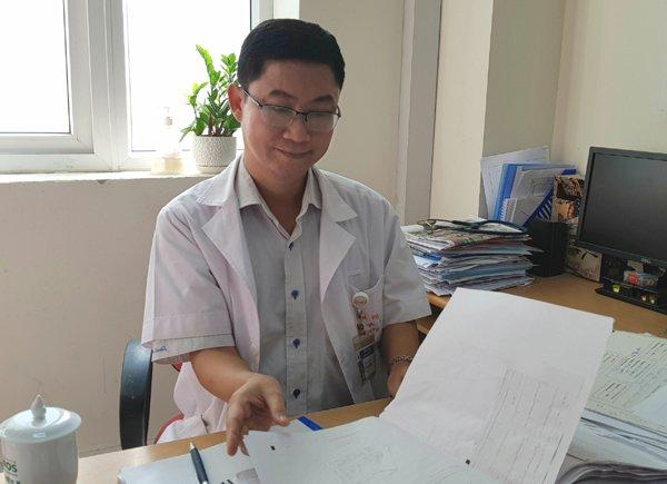 Thiếu nữ Hà Nội 18 tuổi rụng rời phát hiện ung thư vú-1