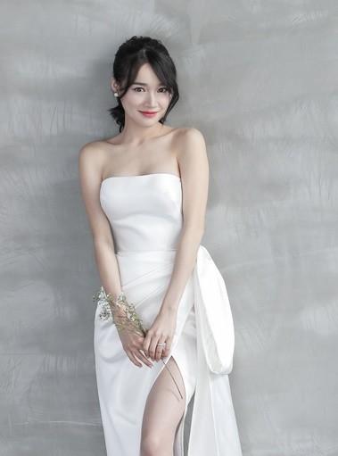 Nhã Phương - Lan Khuê: Thật khó để nói ai mới là cô dâu xinh đẹp nhất!-7