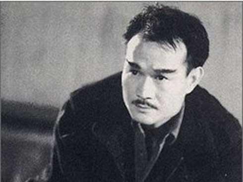 Tài tử từng thách thức Lý Tiểu Long qua đời ở tuổi 44 vì uống rượu-1