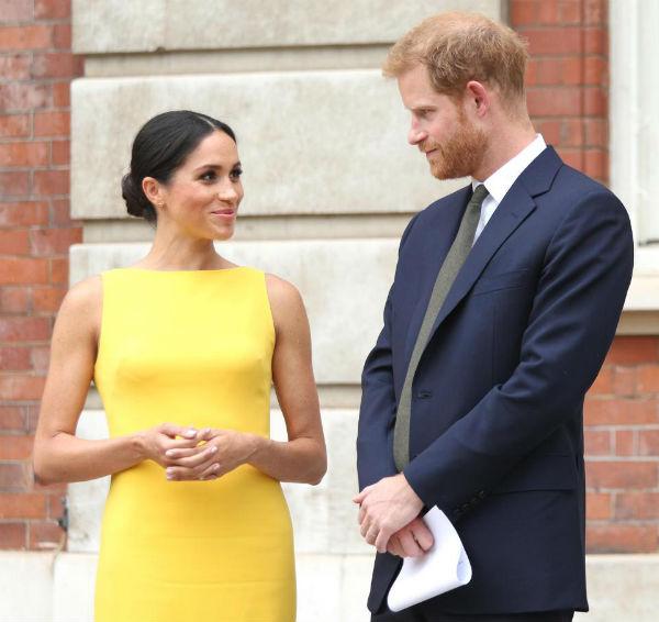Bạn thân cố Công nương Diana buông lời cay nghiệt, dự đoán vợ chồng Hoàng tử Harry sẽ ly hôn sau 3 năm-1