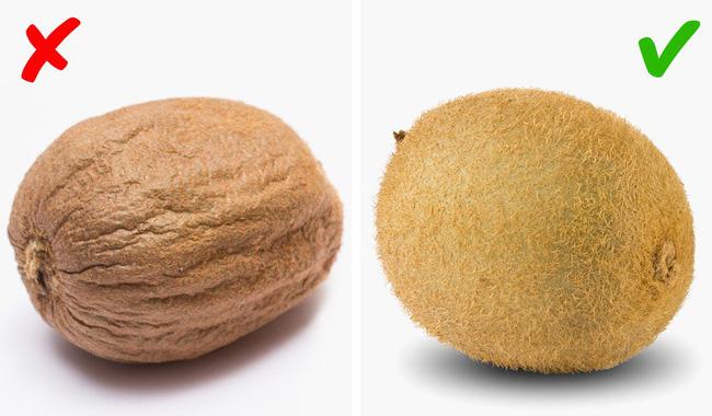Các đầu bếp chuyên nghiệp thường chọn trái cây theo cách này, đảm bảo trái sẽ luôn thơm, ngon, tươi và giàu chất dinh dưỡng nhất-9