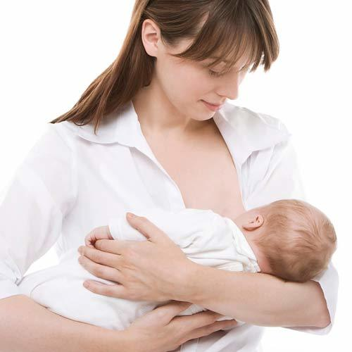 Vợ mới sinh con, cả nhà chồng giàu có không những không bồi bổ mà còn lườm nguýt: Ăn gì ăn lắm thế!-2