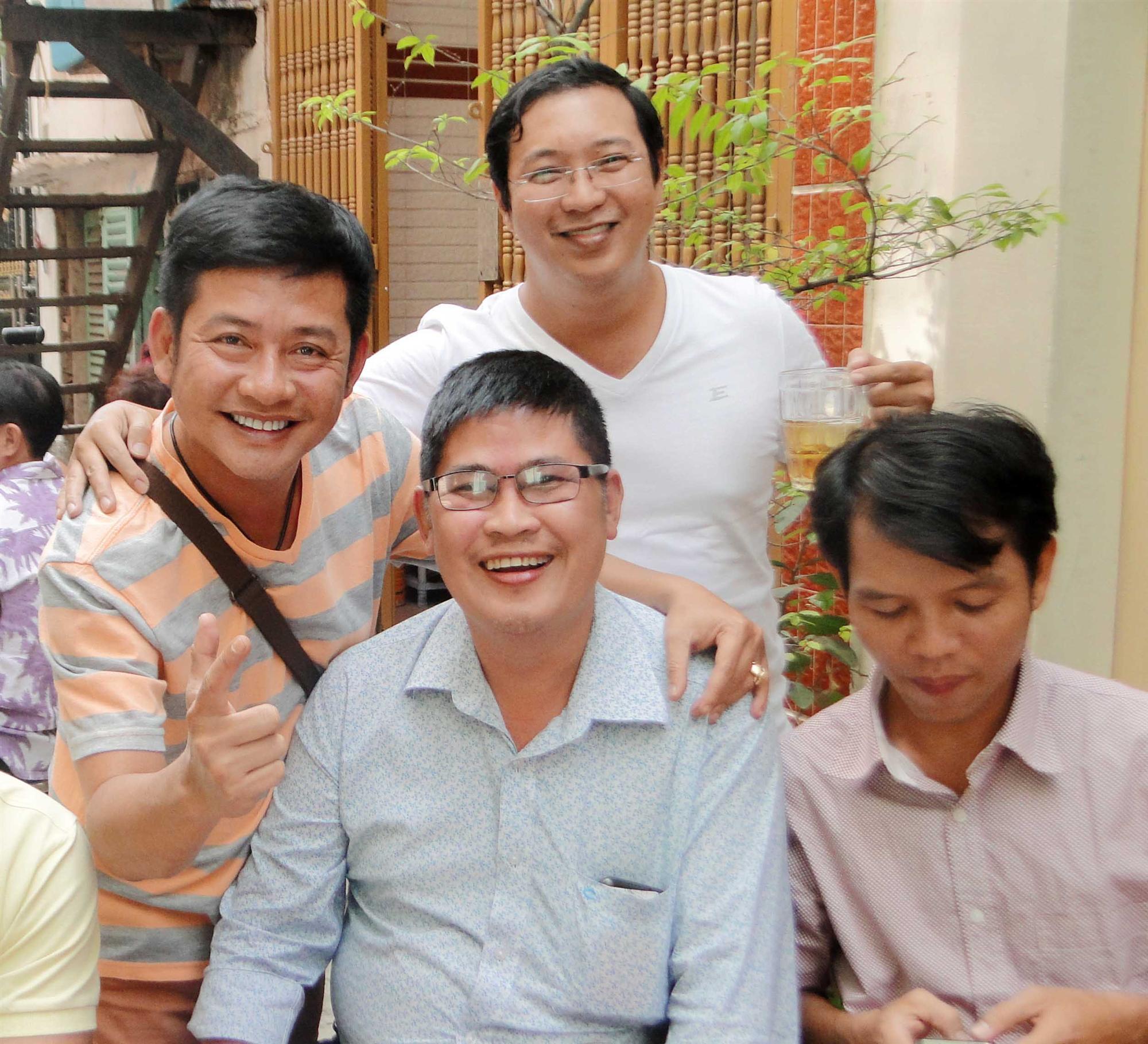 Từng tuyên bố gánh 2 tỷ nợ giùm Phước Sang, nghệ sĩ Tấn Beo có giữ lời?-1