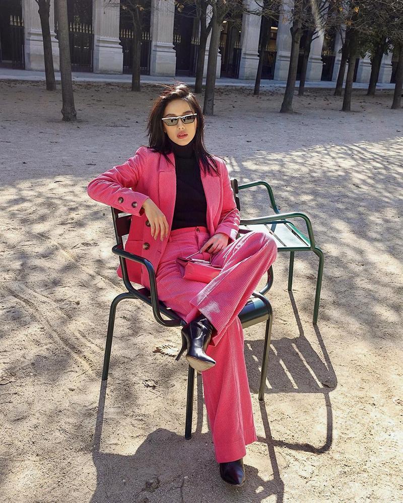 Dàn hot-face Việt chẳng hẹn mà gặp cùng lăng-xê mốt suit ngày gió về: Người phá cách - nàng gợi cảm-5