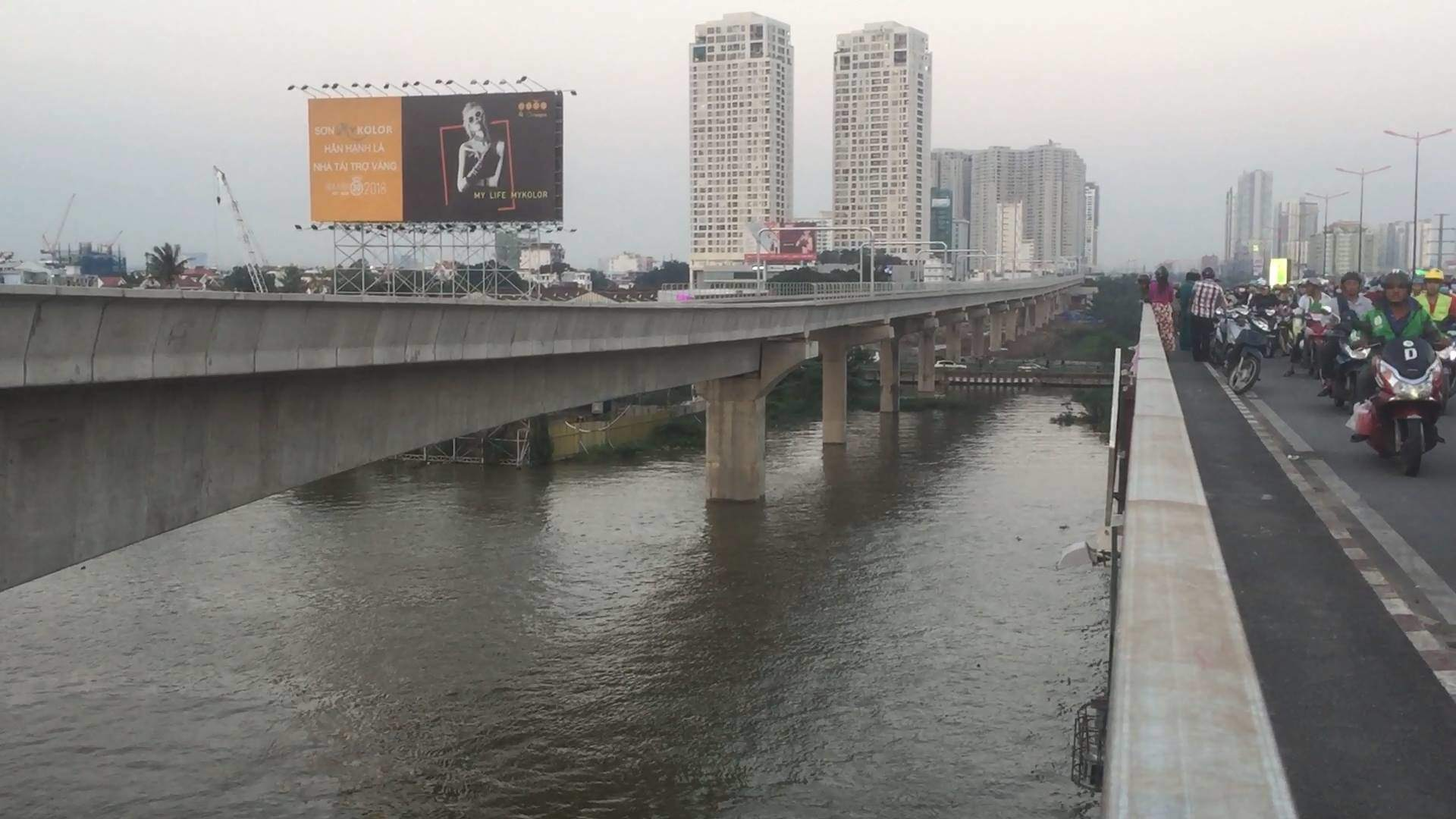 Cô gái để lại lá thư nhảy cầu Sài Gòn rồi bỏ đi: Hé lộ tình tiết bất ngờ-5
