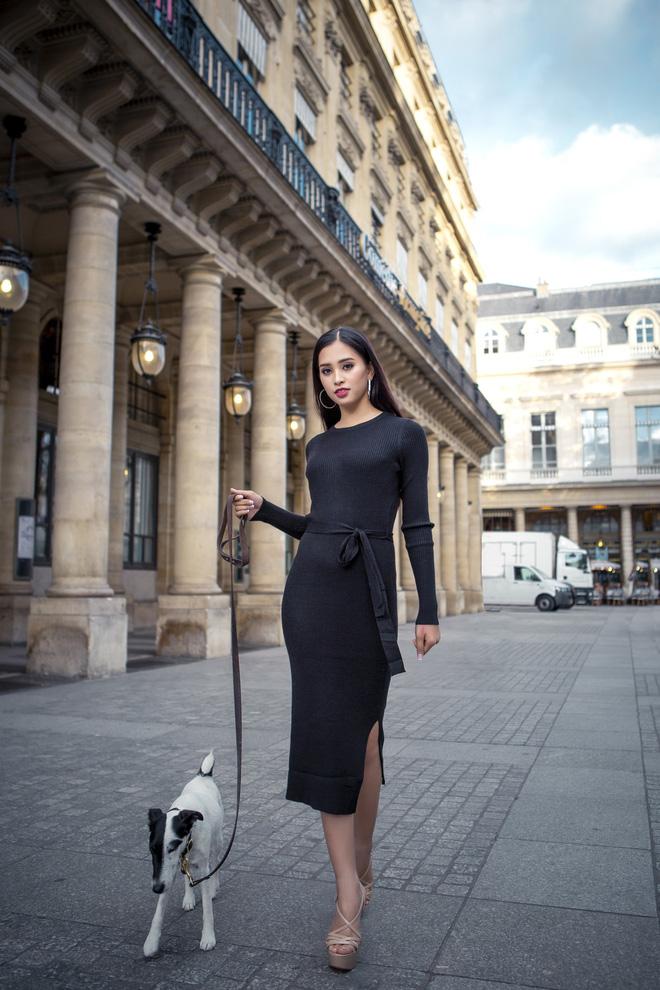 Những khoảnh khắc khoe thần thái sắc sảo và thu hút của Hoa hậu Tiểu Vy trong bộ ảnh chụp tại Paris-6