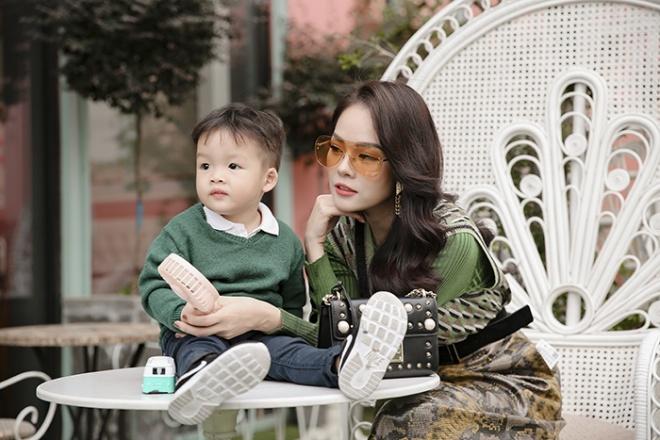 Dương Cẩm Lynh cùng con trai chụp bộ ảnh nhân dịp sinh nhật bé tròn hai tuổi-6