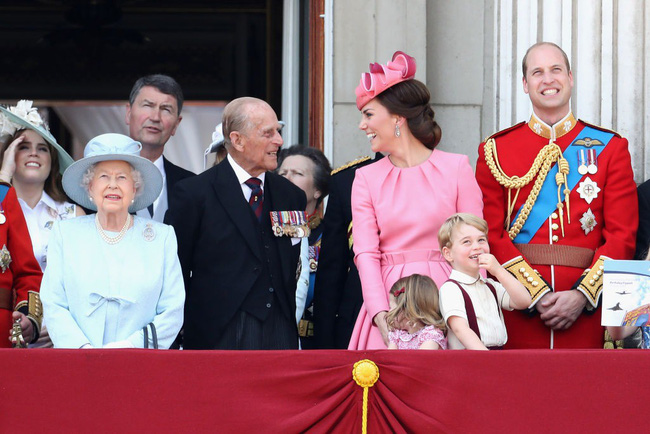 Mối quan hệ đặc biệt giữa Công nương Kate với thành viên quyền lực nhất nhì Hoàng gia Anh này khiến bà Camilla vừa ngưỡng mộ vừa ghen tị-4