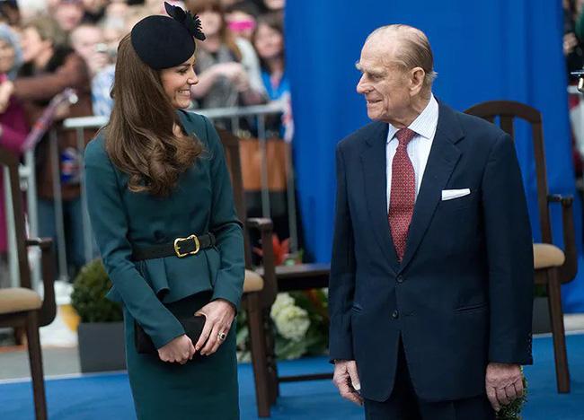 Mối quan hệ đặc biệt giữa Công nương Kate với thành viên quyền lực nhất nhì Hoàng gia Anh này khiến bà Camilla vừa ngưỡng mộ vừa ghen tị-7