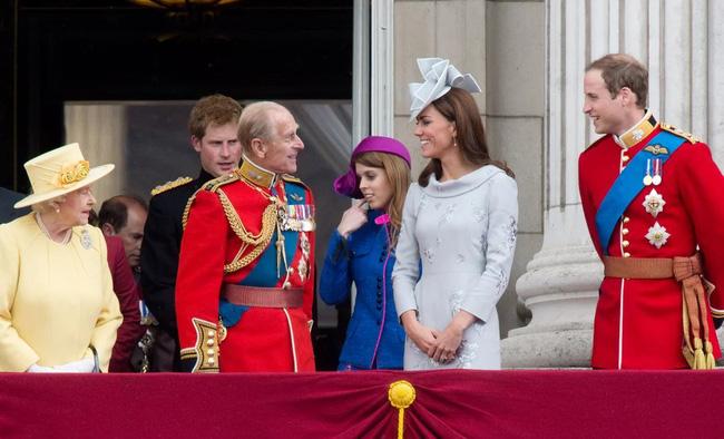 Mối quan hệ đặc biệt giữa Công nương Kate với thành viên quyền lực nhất nhì Hoàng gia Anh này khiến bà Camilla vừa ngưỡng mộ vừa ghen tị-8