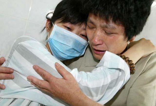 Cô gái 33 tuổi qua đời vì bị ung thư do mắc sai lầm khi chữa táo bón-2