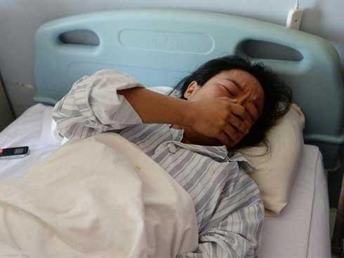 Cô gái 33 tuổi qua đời vì bị ung thư do mắc sai lầm khi chữa táo bón-1