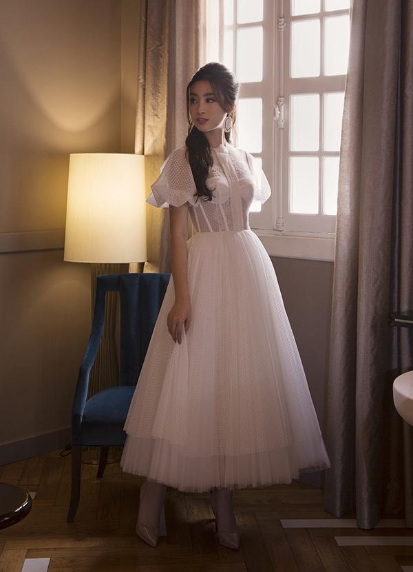 Sau nhiệm kỳ Hoa hậu, Đỗ Mỹ Linh khoe thần thái rạng ngời trong bộ ảnh mới-7
