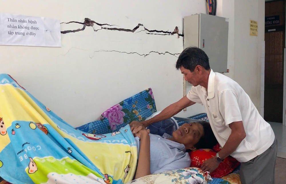 Nam thanh niên người Việt bất ngờ cao 2,5m sau đợt sốt kéo dài-2