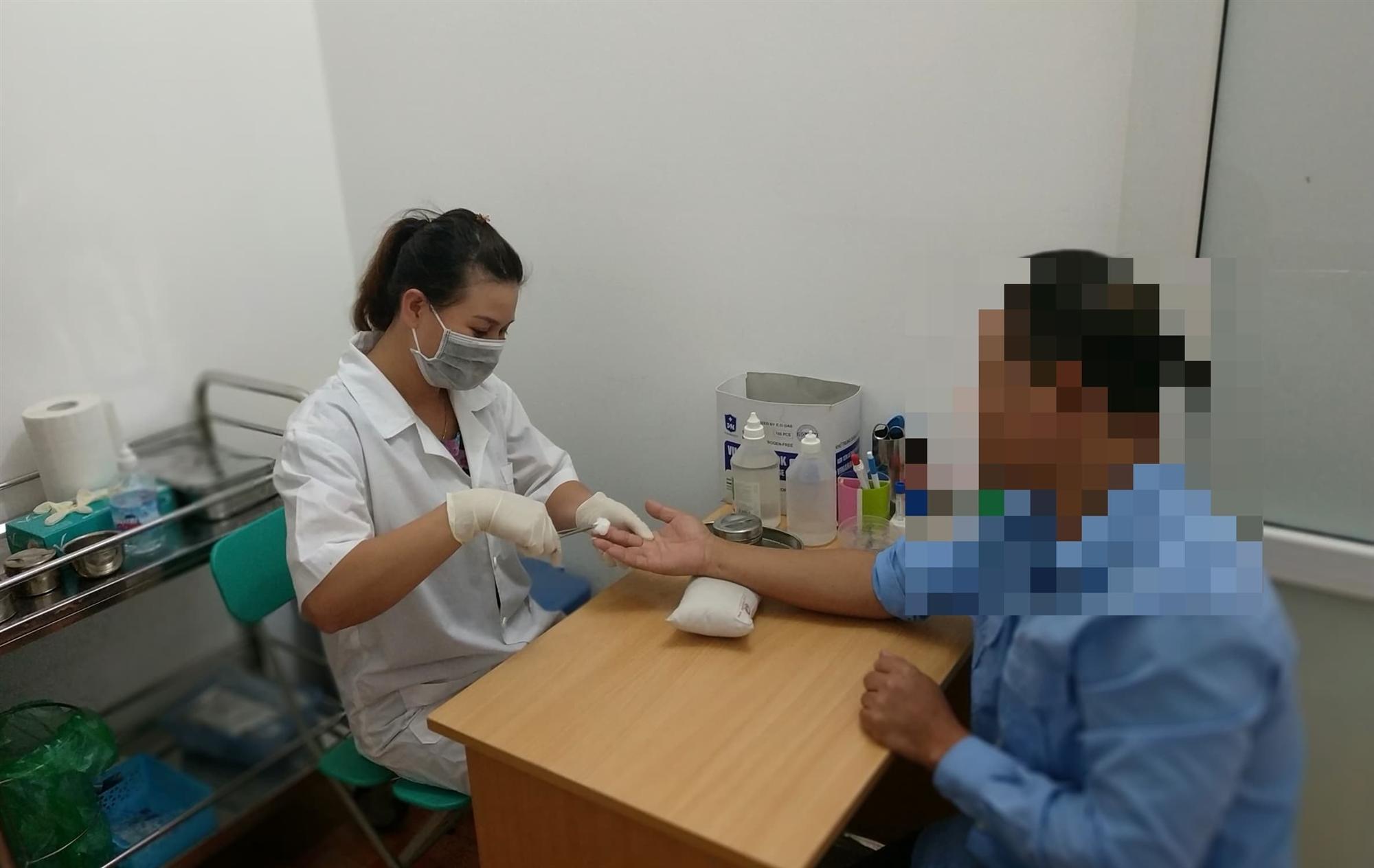 Gia tộc giàu có ở Sài Gòn sốc nặng trước kết quả ADN của 2 bé gái-1