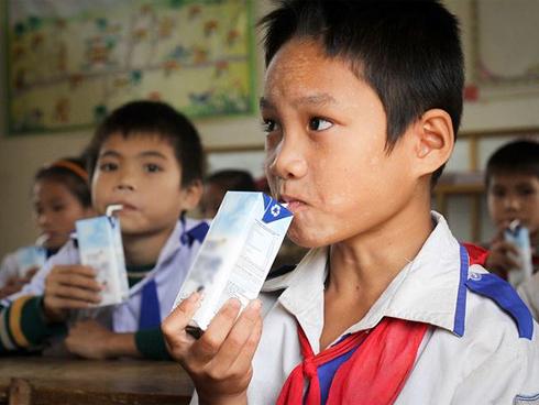 Sữa học đường tại Hà Nội: Lo ngại của phụ huynh là chính đáng-1