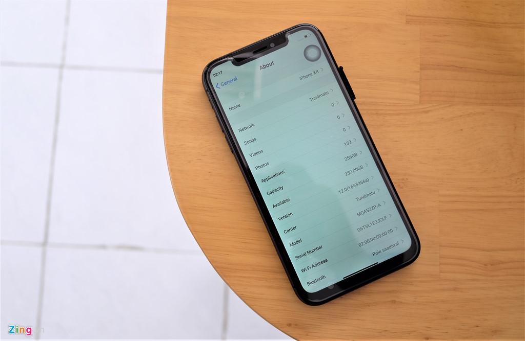 iPhone XR chưa mở bán nhưng hàng nhái đã xuất hiện tại VN-8