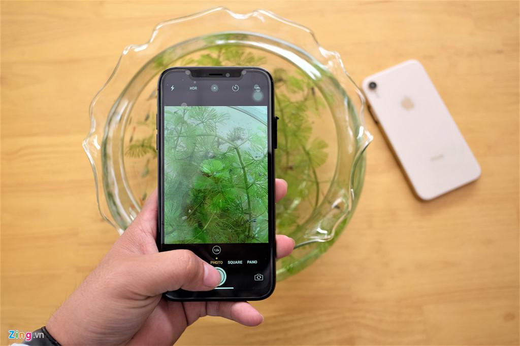 iPhone XR chưa mở bán nhưng hàng nhái đã xuất hiện tại VN-9