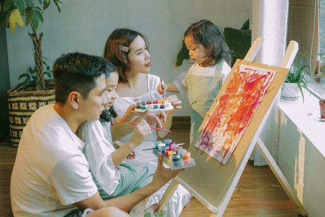 Lưu Hương Giang - Hồ Hoài Anh lần đầu khoe mái ấm nhỏ với gia đình đủ 4 thành viên-1