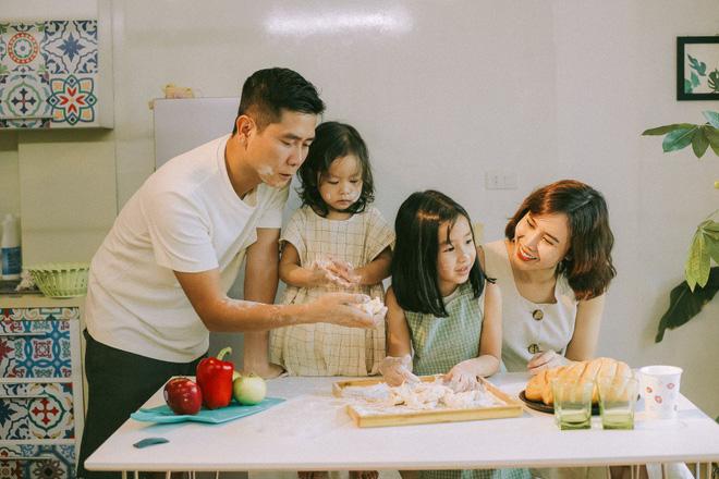 Lưu Hương Giang - Hồ Hoài Anh lần đầu khoe mái ấm nhỏ với gia đình đủ 4 thành viên-6