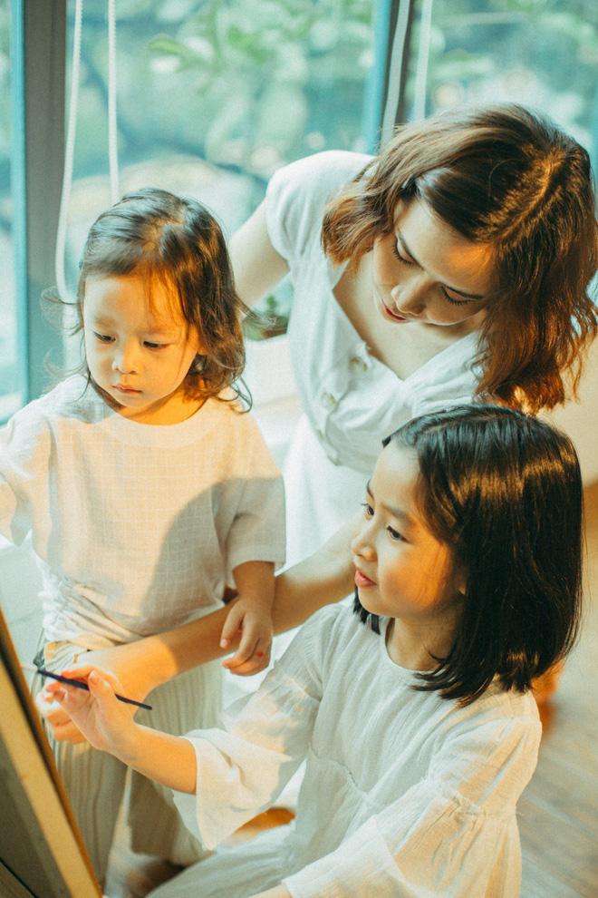 Lưu Hương Giang - Hồ Hoài Anh lần đầu khoe mái ấm nhỏ với gia đình đủ 4 thành viên-11