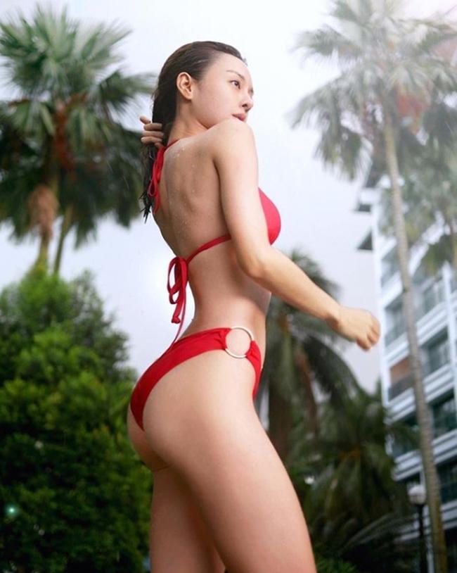 Hot girl số 1 Malaysia có thân hình thắt đáy lưng ong quyến rũ mê hồn-16