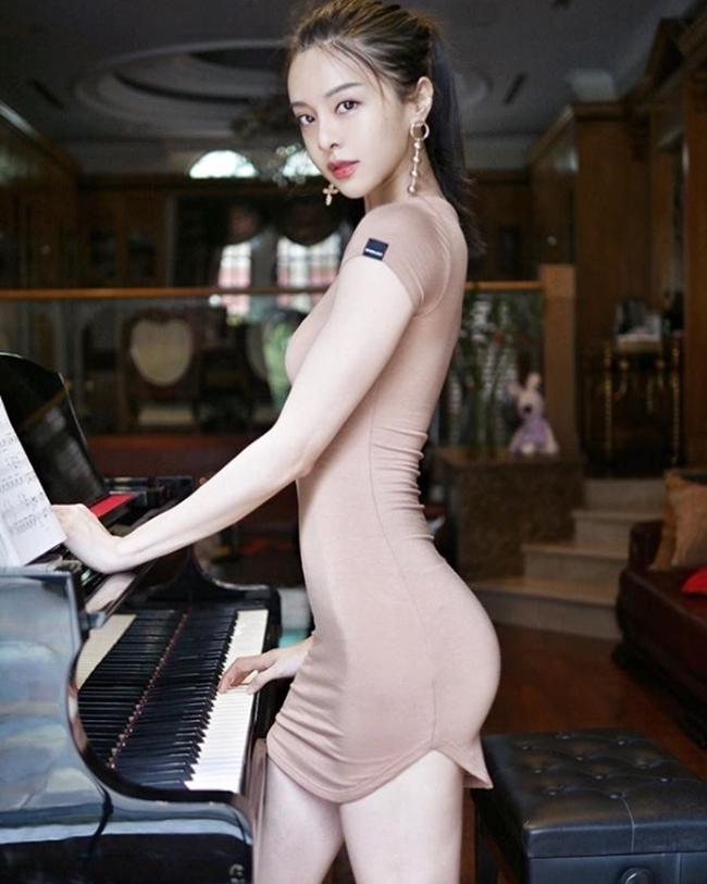 Hot girl số 1 Malaysia có thân hình thắt đáy lưng ong quyến rũ mê hồn-18