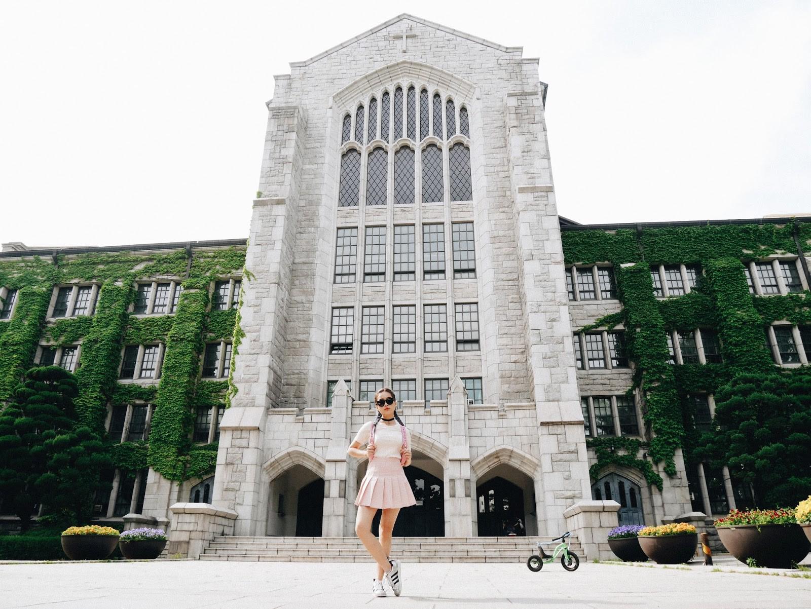 Ký túc xá của Đại học nữ sinh lớn nhất thế giới: Nội thất siêu xịn, sinh viên được phục vụ... tận răng-2