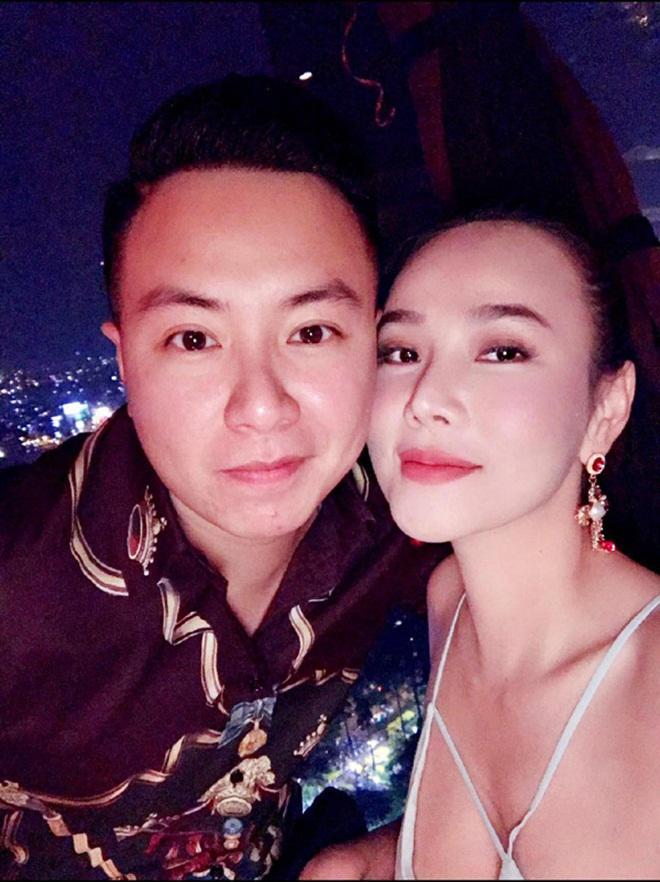 Sau chia tay bạn trai kém 12 tuổi, Dương Yến Ngọc muốn tìm đại gia lo cho mẹ con cô-1