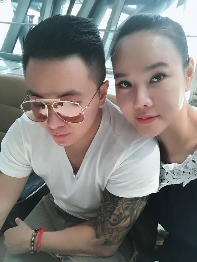Sau chia tay bạn trai kém 12 tuổi, Dương Yến Ngọc muốn tìm đại gia lo cho mẹ con cô-4