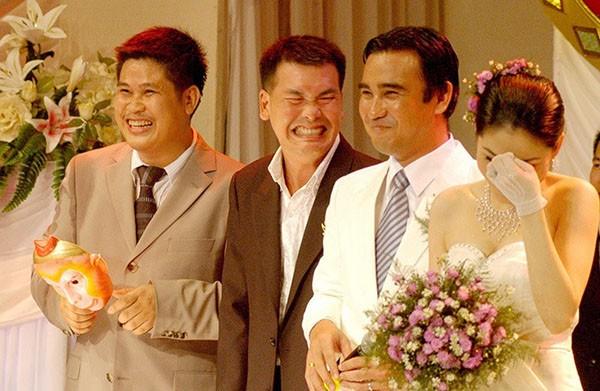 """Chuyện ít người biết về đám cưới của MC giàu nhất Việt Nam"""" Quyền Linh-2"""
