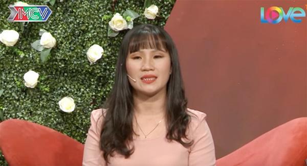 Vừa được mai mối gặp mặt lần đầu, cặp đôi Sài Gòn đã lao vào hôn nhau-1