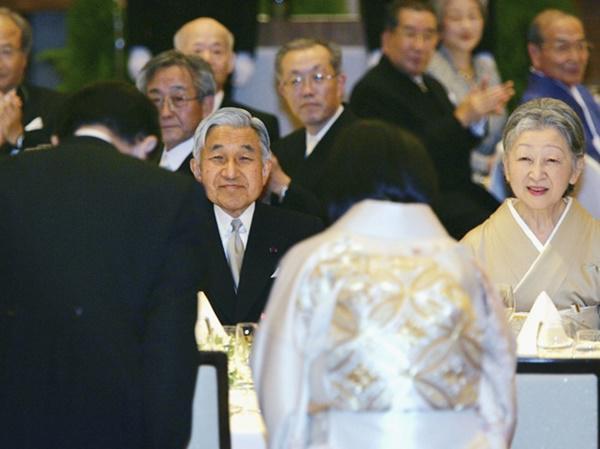 """Công chúa độc nhất"""" Hoàng gia Nhật và chuyện tình lay động lòng người với chàng trai mồ côi-5"""