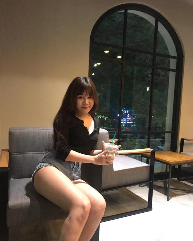 Bạn gái thủ môn Lâm Tây lột xác ấn tượng nhờ giảm 11kg-11