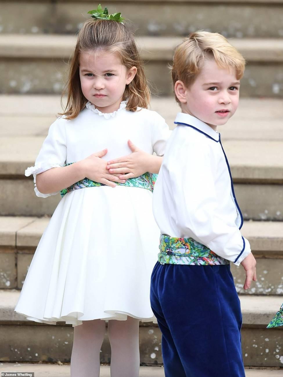 Đi đám cưới cô họ, Công chúa Charlotte tiếp tục gây thương nhớ bằng loạt biểu cảm đáng yêu xinh như thiên thần-6