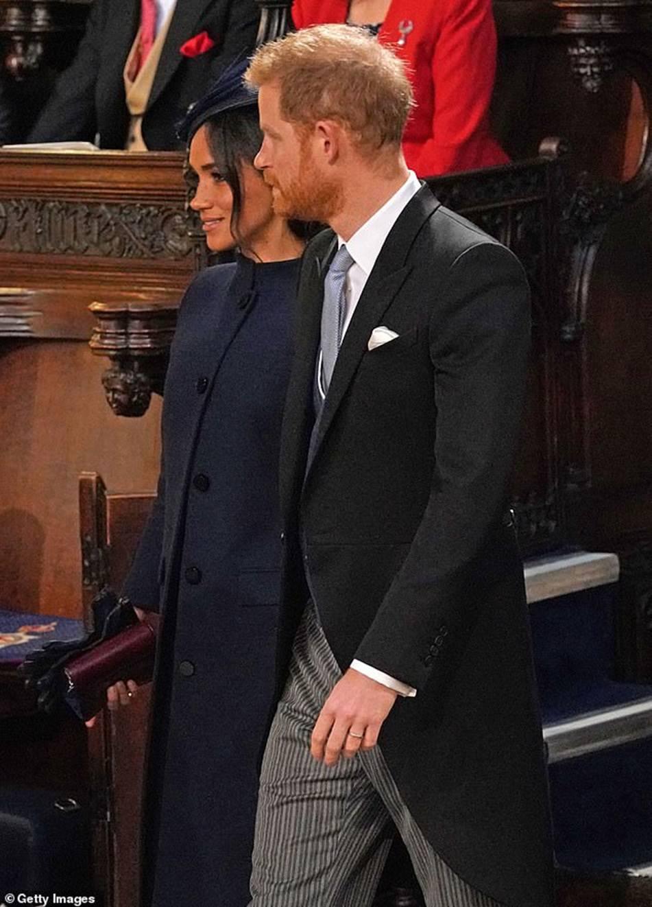 Công nương Kate Middleton và Meghan Markle mặc đồ đối lập trong đám cưới Công chúa Eugenie-7