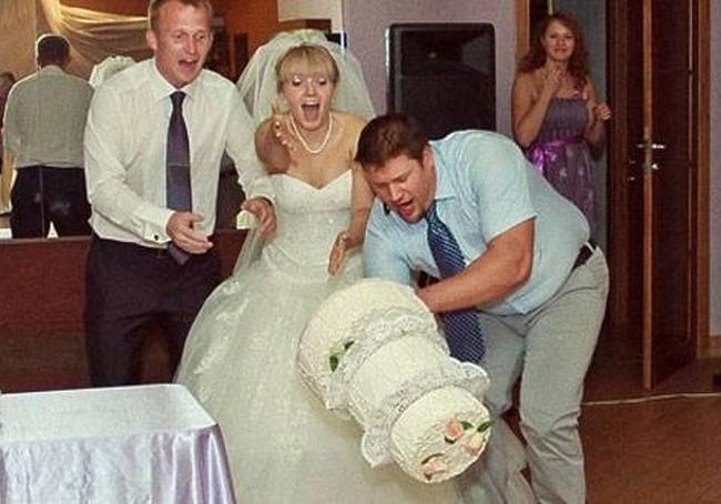 Chộp khoảnh khắc cười ra nước mắt trong các đám cưới-14