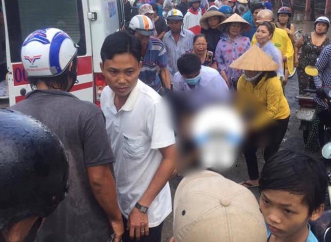 Thương tâm nhóm học sinh bị dây điện rớt trúng khi sét đánh, 2 em chết, 4 em bị thương ngay trước cổng trường-2