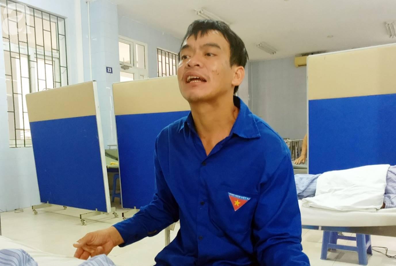 Nam Định: Chàng trai trẻ tàn tật khóc tuyệt vọng khi vợ hơn gNam Định: Chàng trai trẻ tàn tật khóc tuyệt vọng khi vợ hơn gần 10 tuổi lên cơn đau tim mà không tiền chạy chữa-2