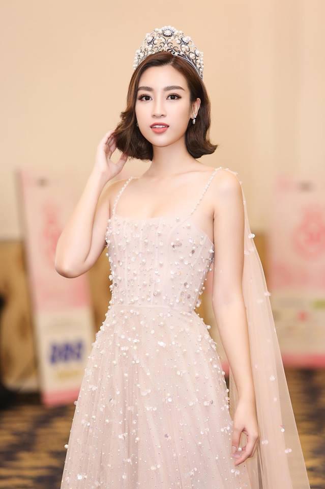 Đâu cần tóc dài đen nhánh, những nàng Hoa hậu Việt với mái tóc ngắn vẫn dư sức đổi đời-1