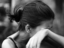 Vợ trẻ mang thai nhưng chồng chẳng vui mừng mà lại bắt bỏ đi, dân mạng còn phẫn nộ hơn khi biết lý do