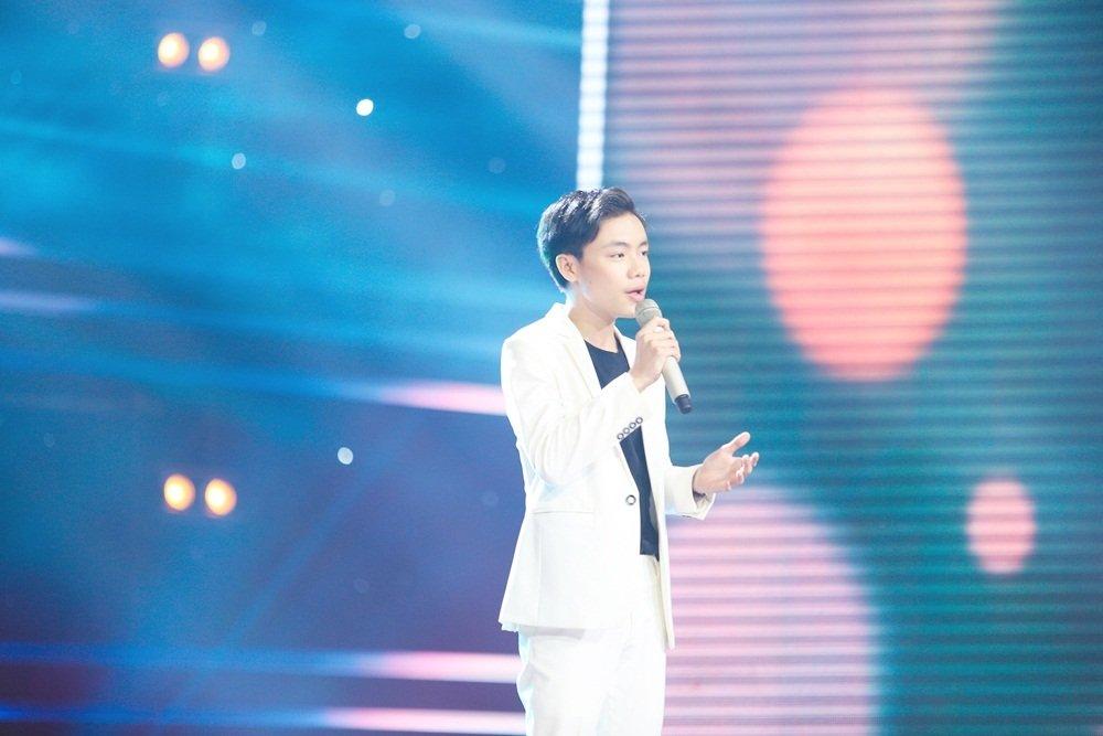 Cậu bé 12 tuổi hát Opera khiến HLV Giọng hát Việt nhí 'đứng hình'-3