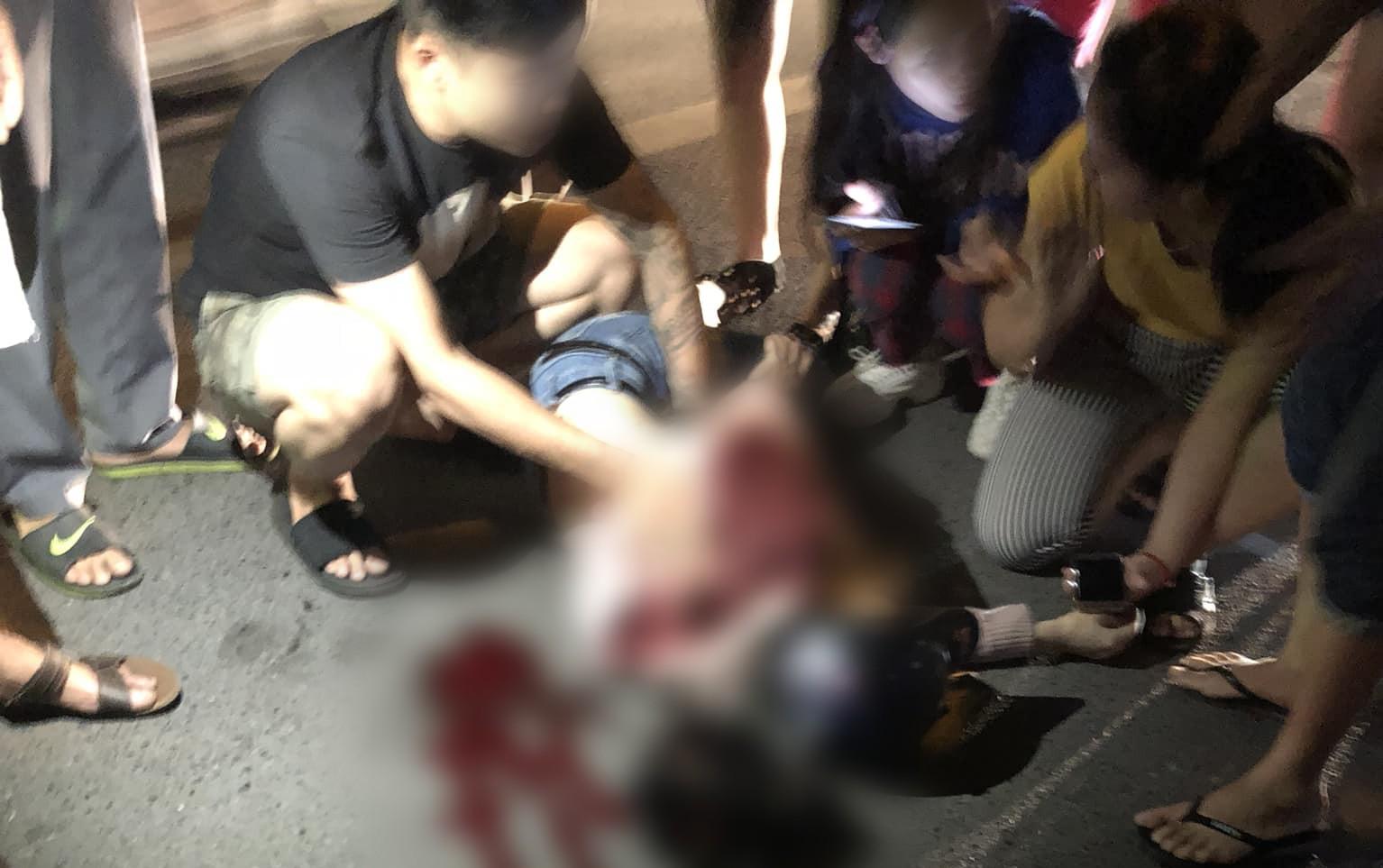 Hà Nội: Điều tra vụ người yêu cũ chặn đường đâm cô gái trọng thương phải nhập viện cấp cứu-1