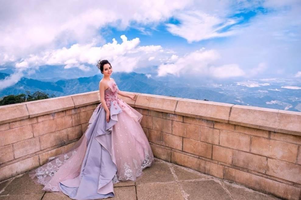 Mai Thu Huyền hóa công chúa lung linh giữa trời mây Đà Nẵng-1