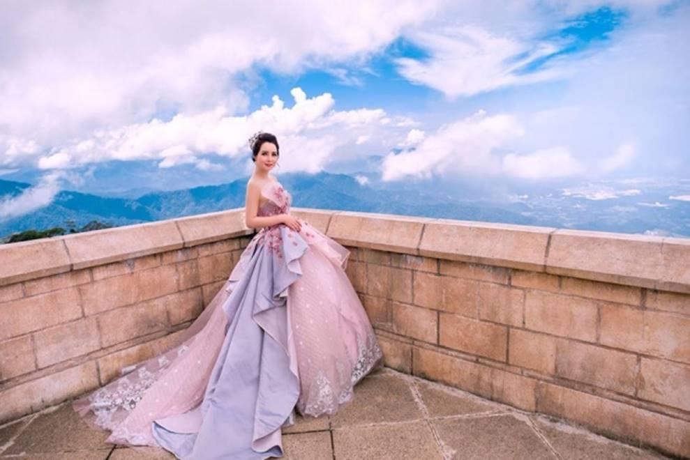 Mai Thu Huyền hóa công chúa lung linh giữa trời mây Đà Nẵng-14